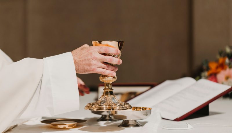 Tumačenje svete mise: Euharistijska služba